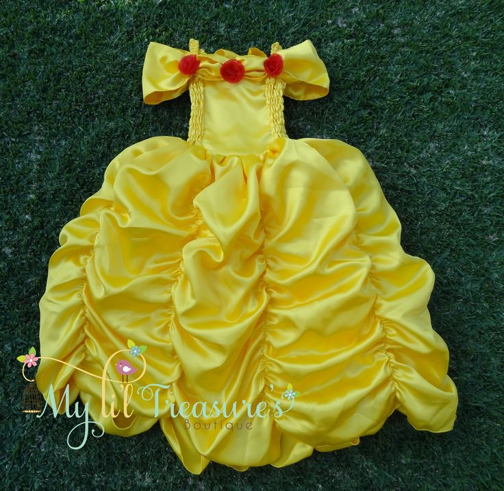 This dress is inspired by Belle from the movie Beauty and the Beast.  *Small (fits most 4 – 6 year olds)  *Medium (fits most 6 – 8 year olds)  *Some slight colour variations may be noticed from computer/device screens to that of the actual item*