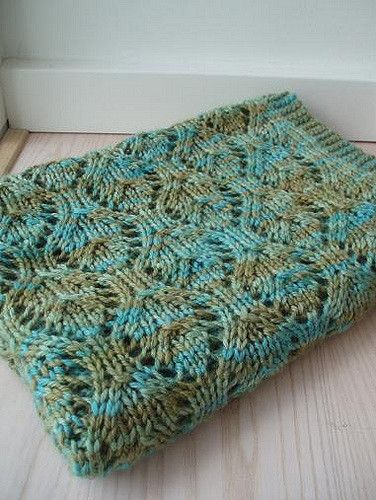 Ravelry: Baby Chalice Blanket pattern by Karen S. Lauger Aran / 10 ply (8 wpi) ? 16 stitches and 21 rows = 4 inches in lace pattern US 10 - 6.0 mm 450 yards (411 m) Sizes available: one size