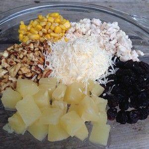 Salata cu ananas si piept de pui
