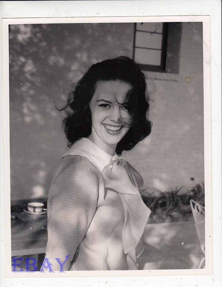 Natalie Wood smiles RARE Photo   eBay