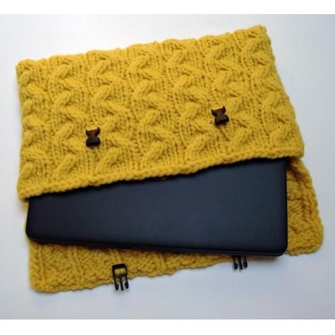 Laptop Bag Knitting Pattern : 87 best Bags Hand Knitted images on Pinterest