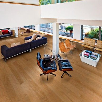 Kahrs Oak Dublin 1-Strip 187mm Satin Lacquered Micro bevelled Brushed