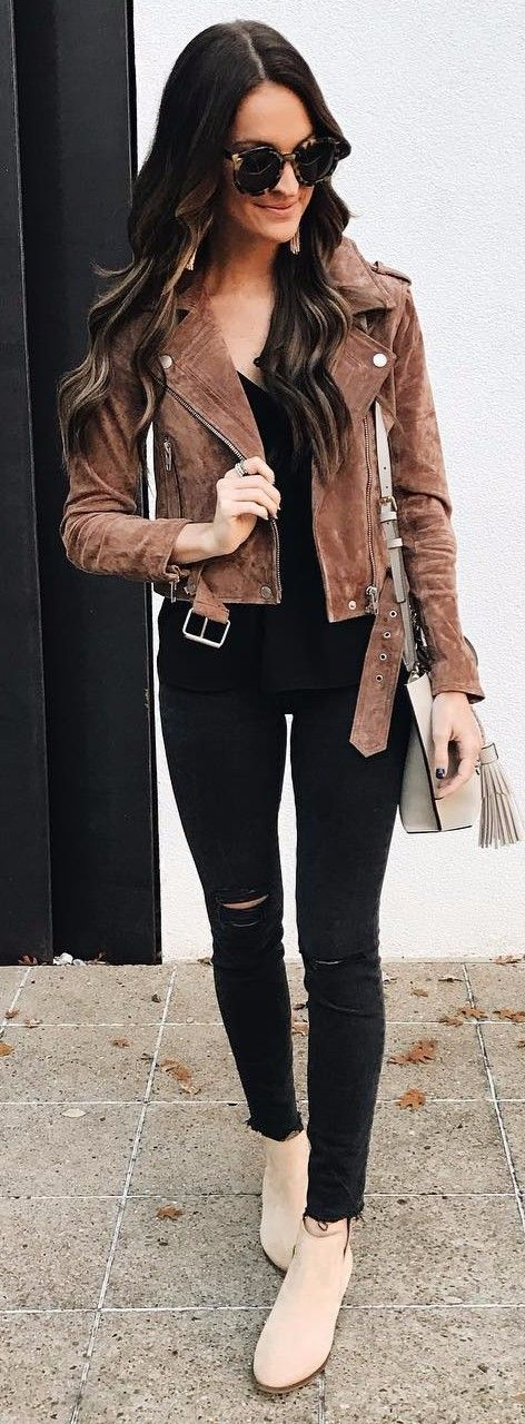 how to wear a suede jacket to work | street style idea