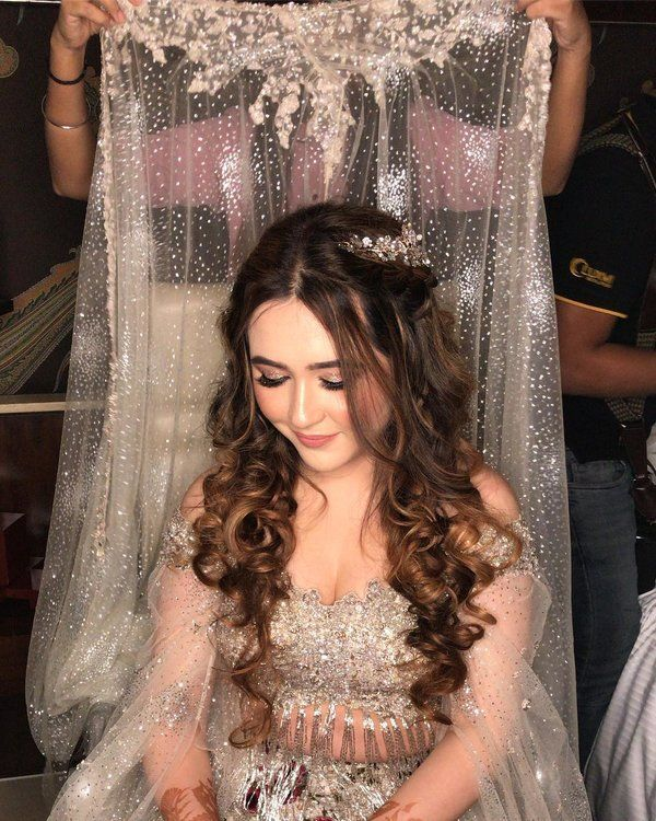 Hairstyle On Gown Indian Asian Bridal Dresses Hairstyles For Gowns Indian Bride Hairstyle
