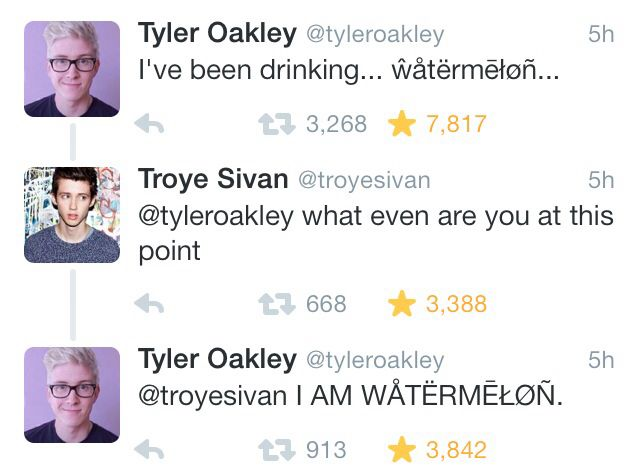 """Tyler Oakly and Troye Sivan """"Im a pineapple"""""""