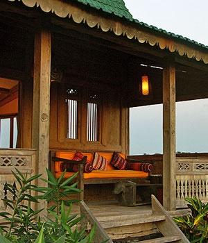 desa seni, village resort, pantai berawa, canggu, bali