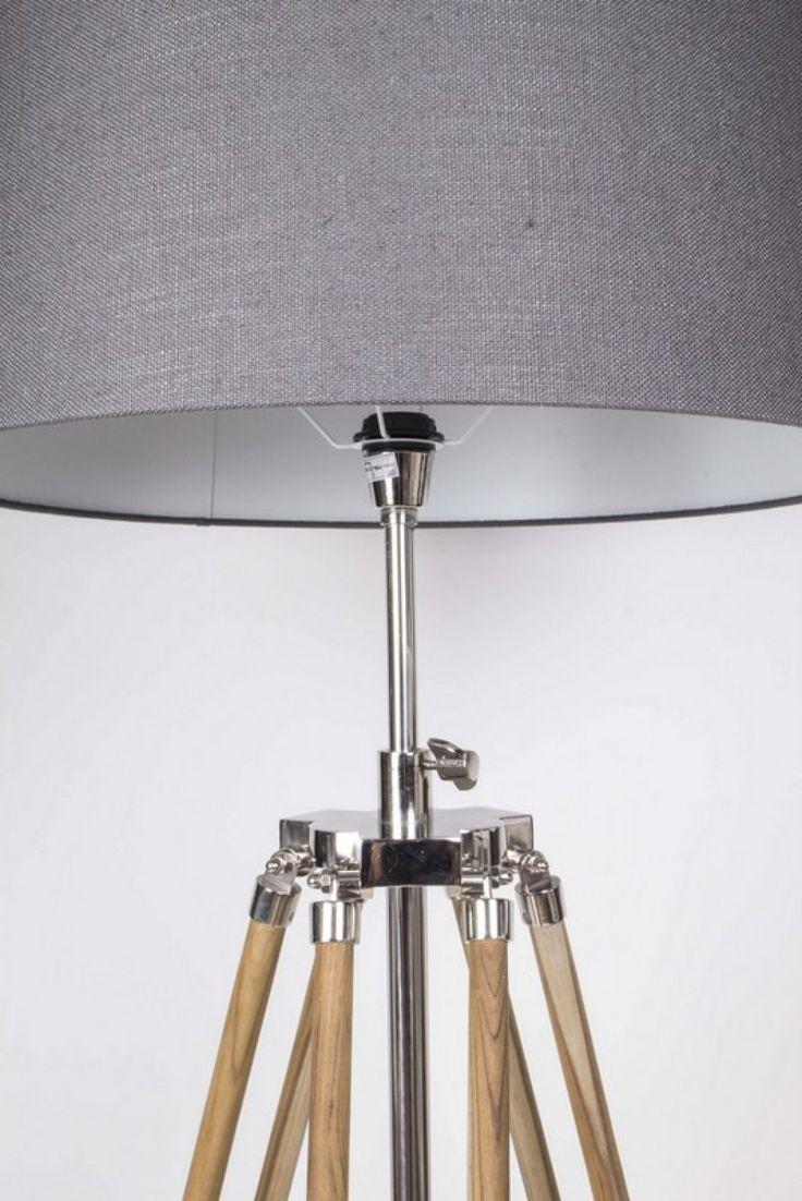 Trend Stehleuchte h henverstellbar im Landhausstil Dreibein Stehlampe mit einem Lampenschirm H he cm