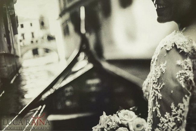 Non conventional wedding photography in Venice  http://www.progettifotografici.com/venice-wedding-photographer