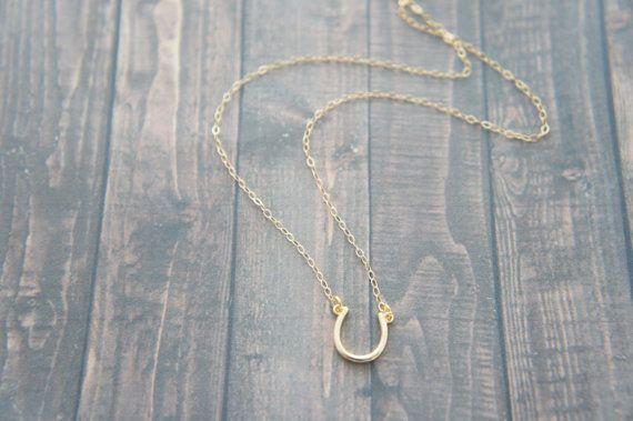 Omkeerbare gouden hoefijzer ketting, lucky charm, 14K gold-gevuld, cadeau, verjaardag, verjaardag, gelaagde ketting
