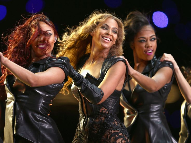 Halftime Show Reactions: Beyonce, Destiny's Child Inspire Awesome Tweets From Women During The Super Bowl