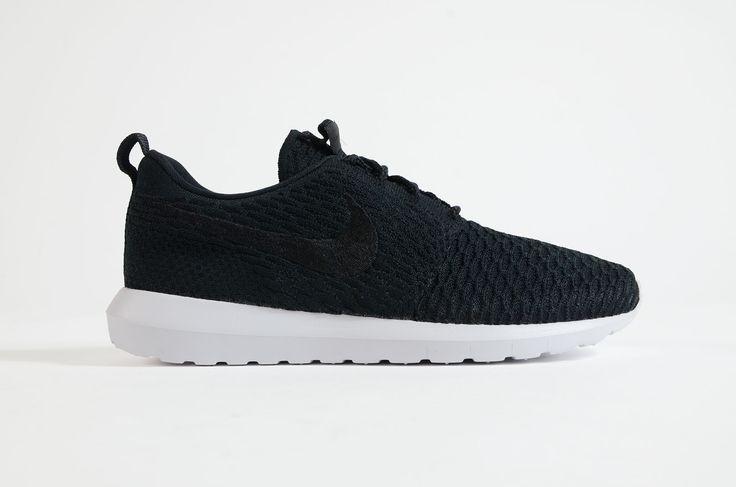 Nike - Roshe Nm Flyknit (Black/ Black-White)