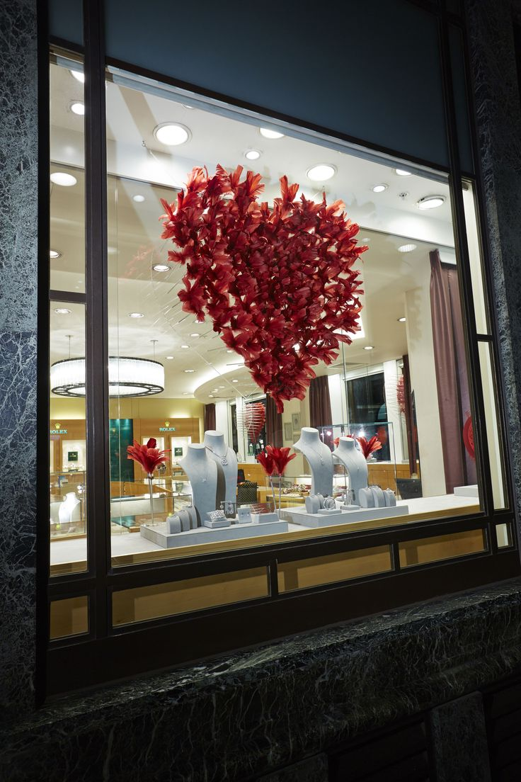 Prop Studios for Mappin & Webb | Valentines Day Windows | #MappinWebb #Design #RetailWindows #WindowDisplay #VM #Windows #Retail #Valentines #ValetinesWindows