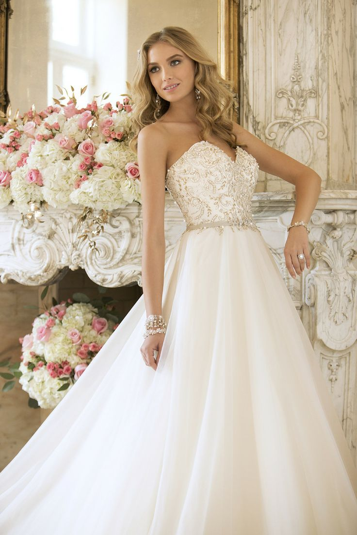 70 best images about Wedding dresses on Pinterest | Tulle wedding ...
