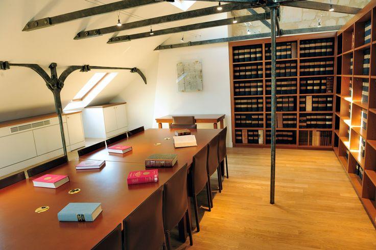 """Salle de travail """"Guy Carcassonne"""". Bibliothèque du Conseil constitutionnel, Paris, France"""