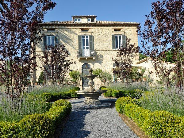 Property for sale in Lazio Tarano Italy - Country House: http://www.italianhousesforsale.com/property-italy-lazio-sabina-villa-della-palma-1491.html