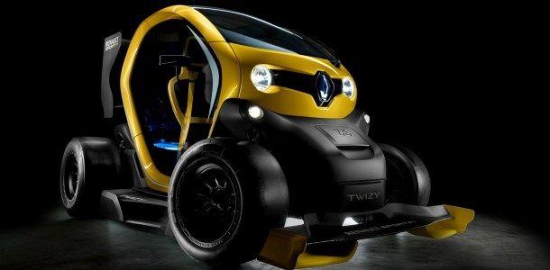 Renault avait publié une photo sur un concept mêlant à la fois Formule 1 et électrique. C'est un Twizy F1 qui a été présenté ce midi à l'usine de Valladolid où sont assemblés les quadricycles électriques du losange. Large aileron avant, pontons guides aéro, diffuseur arrière et énorme «pelle arrière» digne des plus méchantes voitures …