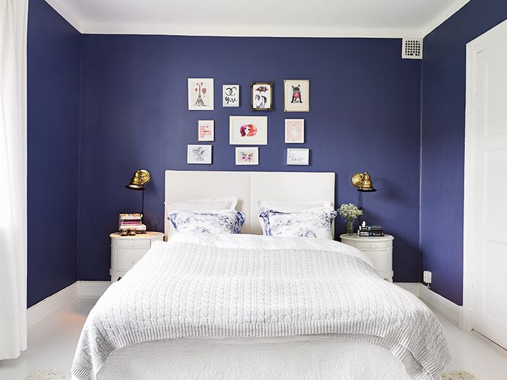 Love this color BLUE! Sweet for a little boys room.