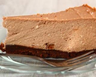 Cheesecake aux spéculoos et sirop d'agave : http://www.fourchette-et-bikini.fr/recettes/recettes-minceur/cheesecake-aux-speculoos-et-sirop-dagave.html