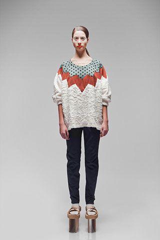 Zig zag sweater by Femke Agema www.uhmah.com