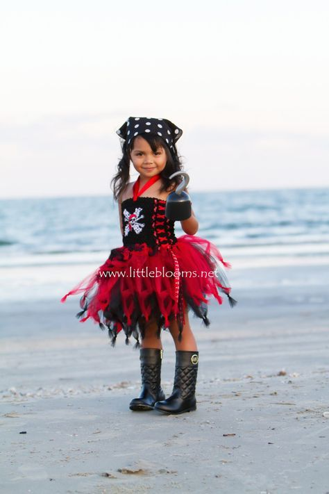Pirate Halloween Costume, Pirate Costume, Pirate Tutu, Pirate Tutu Costume, Girls Pirate Costume, Halloween Tutu Costume, Pirate Tutu Dress by LittleBloomsSpokane on Etsy https://www.etsy.com/listing/250812811/pirate-halloween-costume-pirate-costume