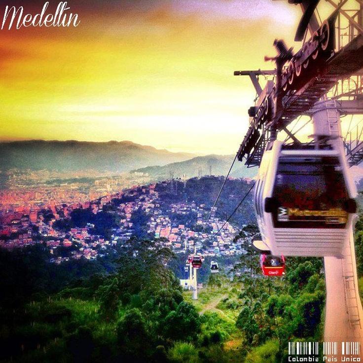 Metro cable, Medellin, Colombia #SomosTurismo