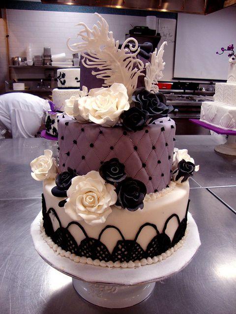 Old Hollywood-themed wedding cake. | Flickr - Photo Sharing!