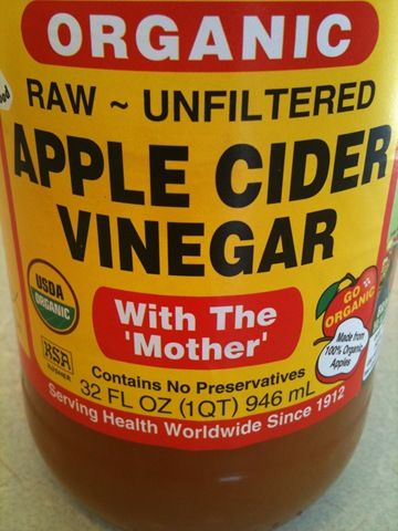 Do you know how to use apple cider vinegar to remove warts? It really works and I'm proof! I've even got a gross picture to prove it.