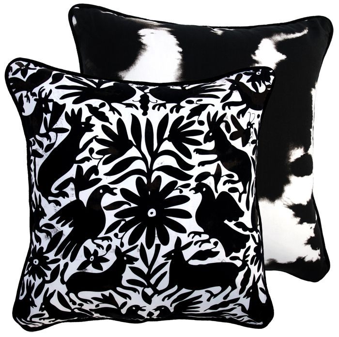 Hard To Find Monochrome Style. Loving the funky B&W print! hardtofind. | Mexican Otomi - Black