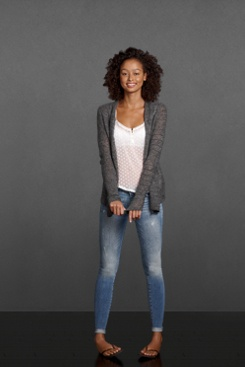 Looks comfortable yet sttlish! #Abercrombie #cardigan #outfits