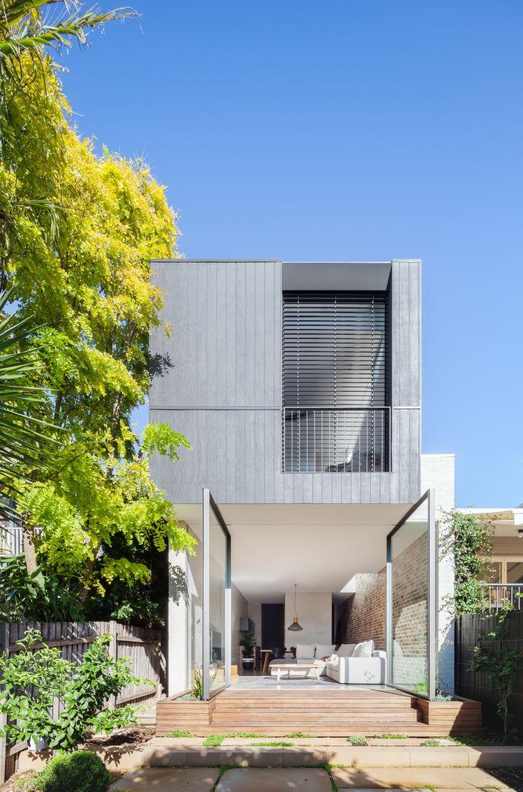 Drehtüren indoor outdoor wohnen haus erweiterungen warmes wetter sydney australien doppelhaus glastüren zuhause