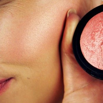 E.L.F Peachy cheeky : One of my very favorite affordable blushes. Gives your cheeks a gorgeous peachy glow.