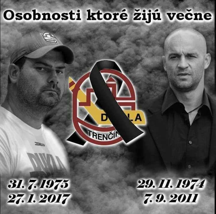 Ján Kobezda (vľavo) hokejovo vyrastal v Dubnici s Paľom Demitrom. Obaja sú už v nebi.   Nový Čas