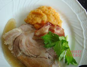 ★おいしい!楽しい!健康!レシピ★ オーブンでポットロースト。にんじんやチコリ、りんごのピュレを添えて。