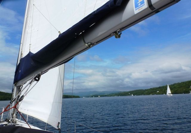 Sailing along Windermere #lakedistrict #cumbria #travel #photo