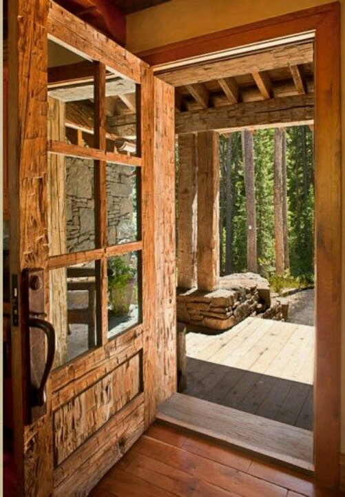 I Am So In Love With This Front Door Reclaimed Wood Custom Built To The Log Home Big Sky Montana Look At Ax Marks On