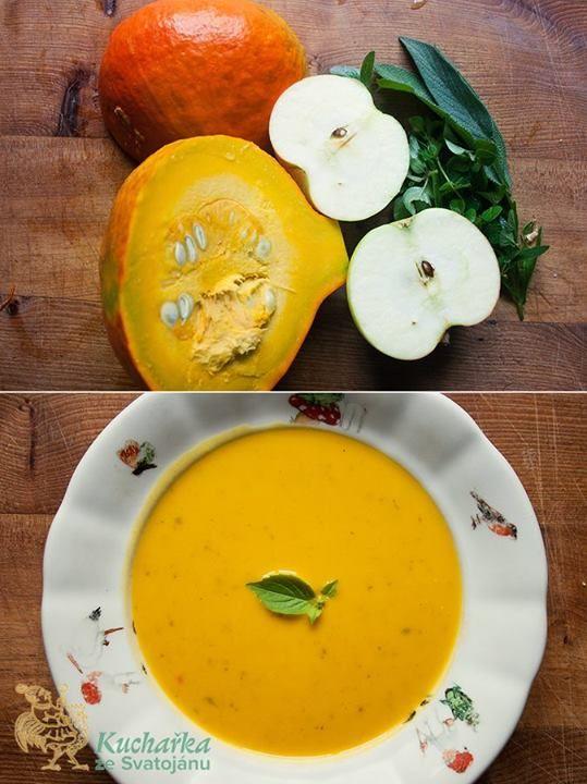 Kuchařka ze Svatojánu DÝŇOVÁ POLÉVKA Sytá chutí i barvou – ideální polévka do pošmourného počasí, dokonce vařená na ohni Na oleji zpěníme cibuli a stroužek česneku pokrájené nadrobno, přidáme čerstvé bylinky: šalvěj, dobromysl a libeček a na kostky nakrájenou dýni hokaido a jedno jablíčko. Deset minut mícháme a opékáme, potom zalijeme litrem zeleninového vývaru a půl hodiny vaříme. Potom rozmixujeme, vlijeme 200 ml smetany (vegani dají rostlinnou), osolíme, opepříme, prohřejeme a podáváme.