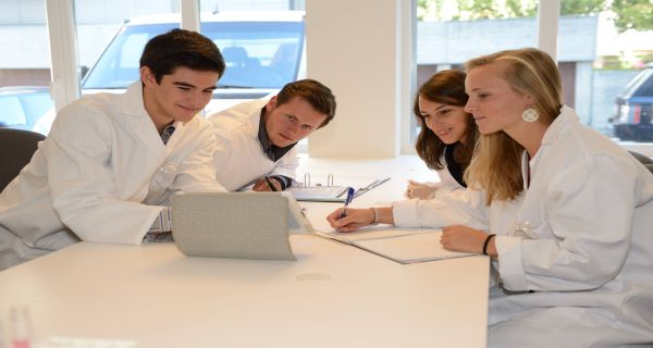 Best Boarding Schools Worldwide provides the great opportunity to study in Switzerland and get international education and find the best possibilities after your graduation! To know more visit us at: http://best-boarding-schools.net/switzerland-country-schools