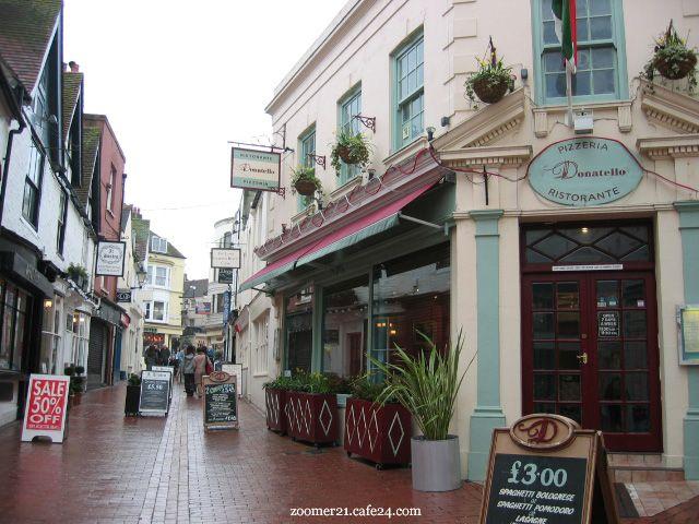 The Lanes. Shop, eat, stroll. Brighton, England