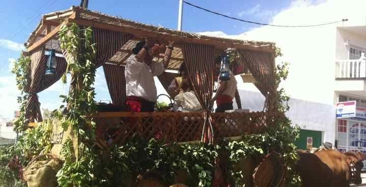 Fiestas Adeje 2017 - jaarlijks grote feest in Adeje met grote Dansfeesten met orkest en de laatste Romería van het jaar. Dit moet je meemaken....