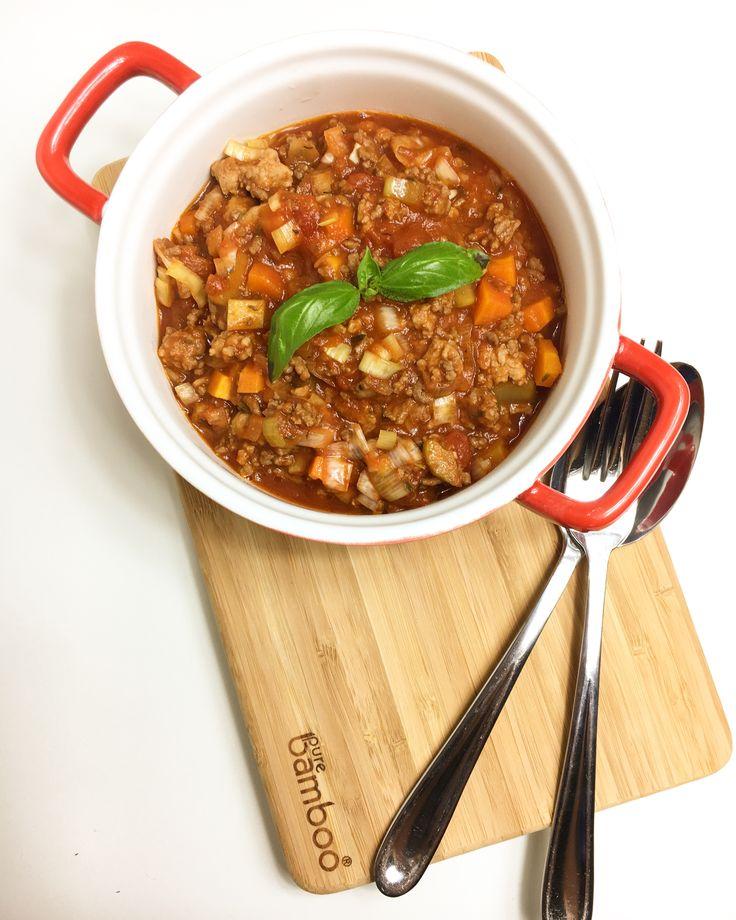 Een heerlijke pastasaus, vol van smaak en met een flinke portie groente erin. Serveer het met je favoriete pasta en geniet!