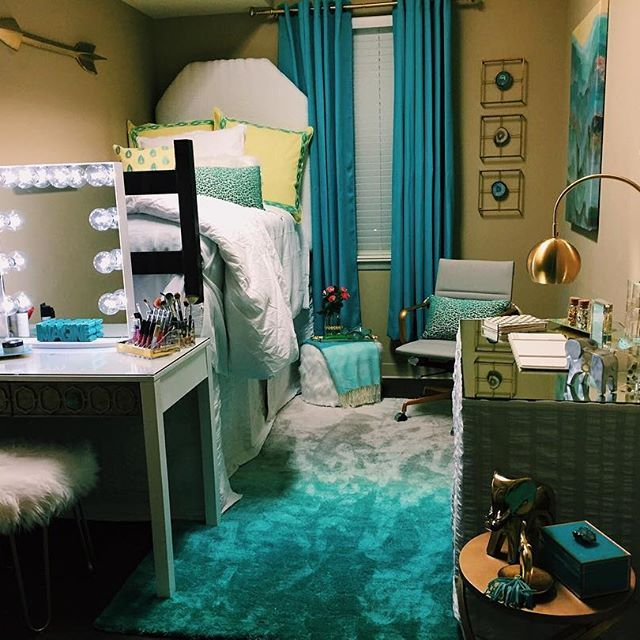 Back to School in style! This is hands down the most  ~ 125706_Dorm Room Vanity Ideas