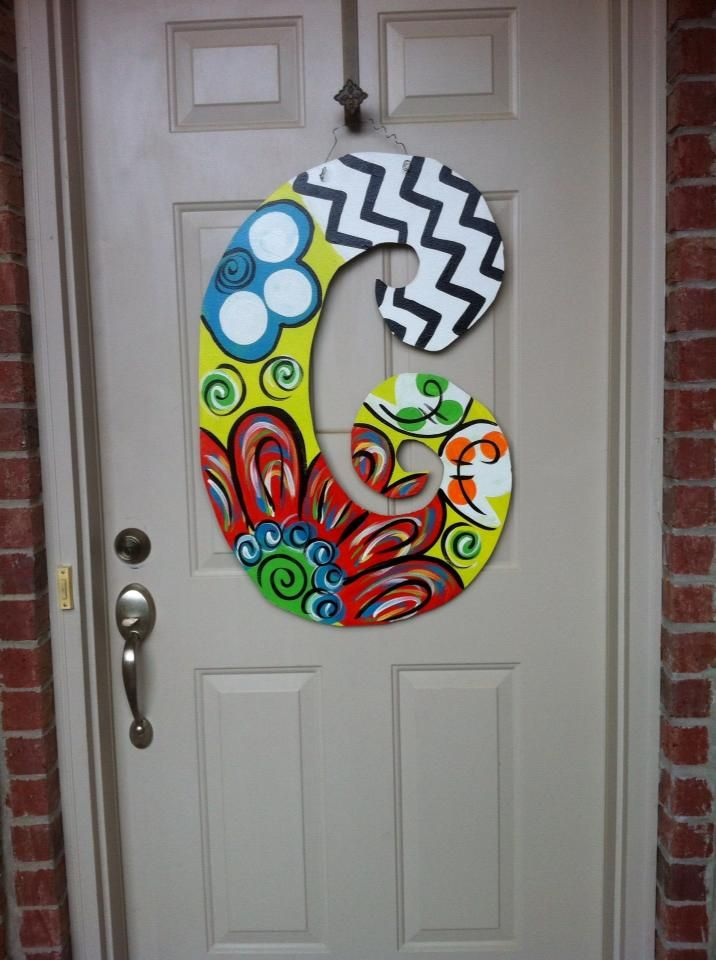 Painted letter for front door, fun way to add color, make in zentangle style?