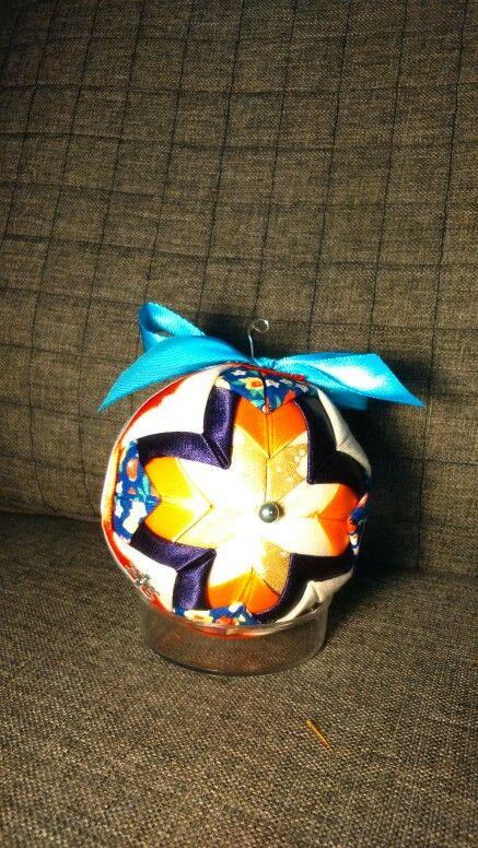 Quilted fabric ball - bombka choinkowa z materiału - patchwork