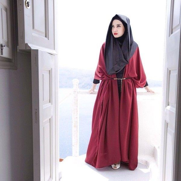 http://www.infofashionterbaru.com/wp-content/uploads/2015/05/Hijab-Style-Ala-Zaskia-Sungkar.jpg