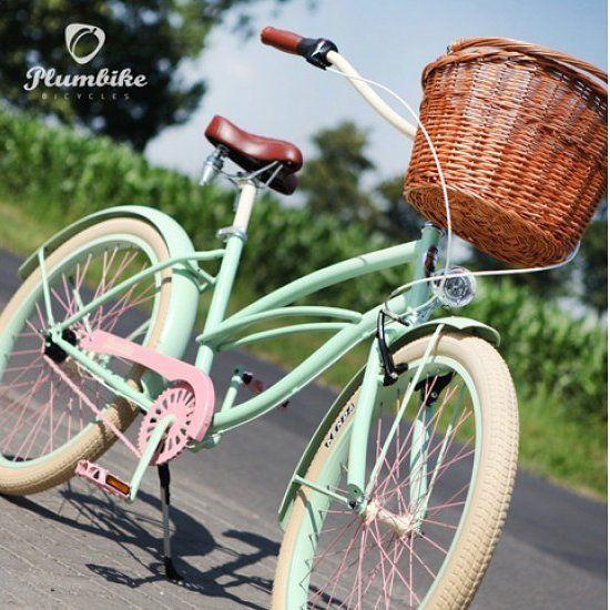 Feliz domingo guapas  Bicicleta ROSALIA disponible en nuestra tienda…
