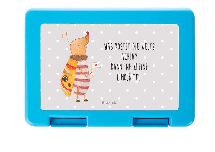 """Brotdose Nachtfalter mit Fähnchen aus Premium Kunststoff  schwarz - Das Original von Mr. & Mrs. Panda.  Diese wunderschöne Brotdose von Mr. & Mrs. Panda ist wirklich etwas ganz Besonderes - sie ist stabil, sehr hochwertig und mit einer exklusiven und schimmernden bedruckten Aluminiumplatte  ausgestattet.    Über unser Motiv Nachtfalter mit Fähnchen  Unser kleiner Nachtfalter aus der """"Small World"""" - Kollektion ist immer gut gelaunt.     Verwendete Materialien  Wir verwenden ausschließlich…"""