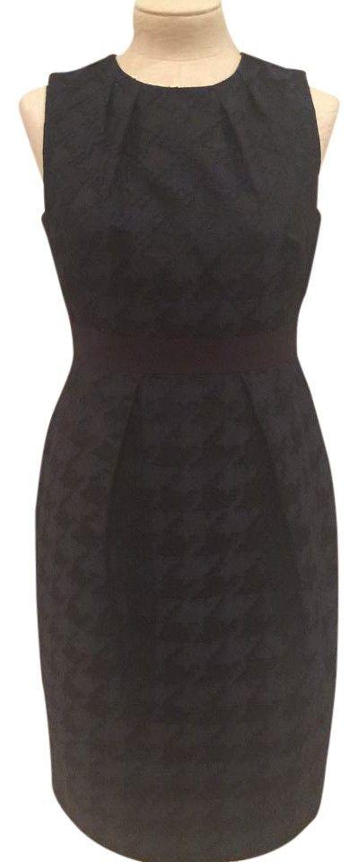 Carmen Marc Valvo Dress. Free shipping and guaranteed authenticity on Carmen Marc Valvo DressBeautiful Navy/Black Carmen Marc Valvo Collection ...