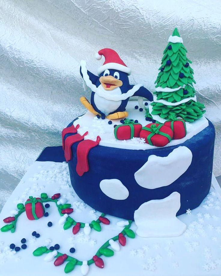 Cake by Catherine Chouinard Fondant: @_virginice   #cake #winter #christmas #penguin #cute #virginice