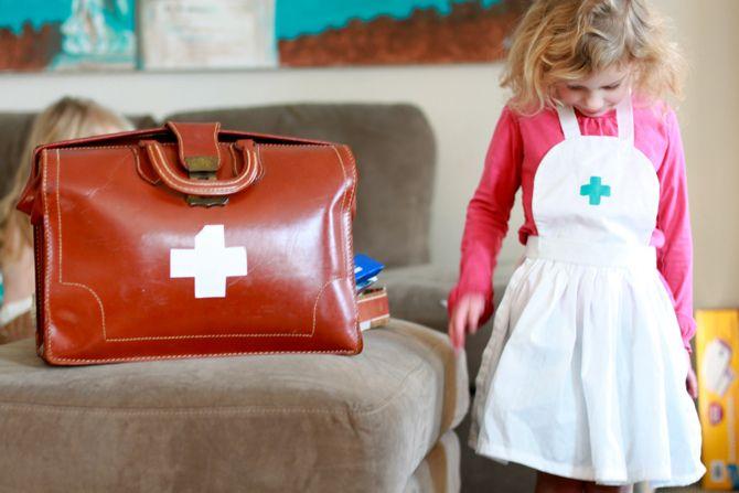 nurse / doctor: Nancy Kits Y, Nurse Kits, Nur Nancy, Kids Stuff, Doctors Kits, Nursing Nancy, Kids Nur Kits, Grandbabi Stuff, Nursing Kits