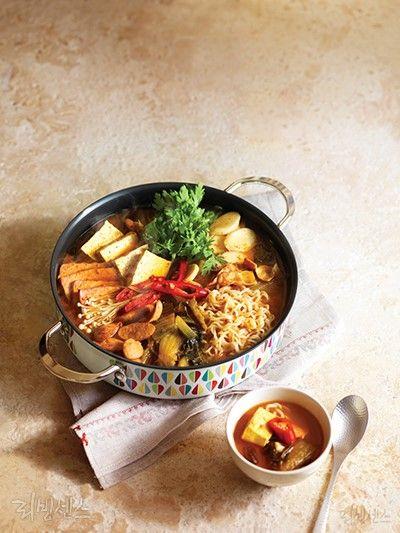 냄비로 뜨끈한 국물 요리 : 네이버 매거진캐스트